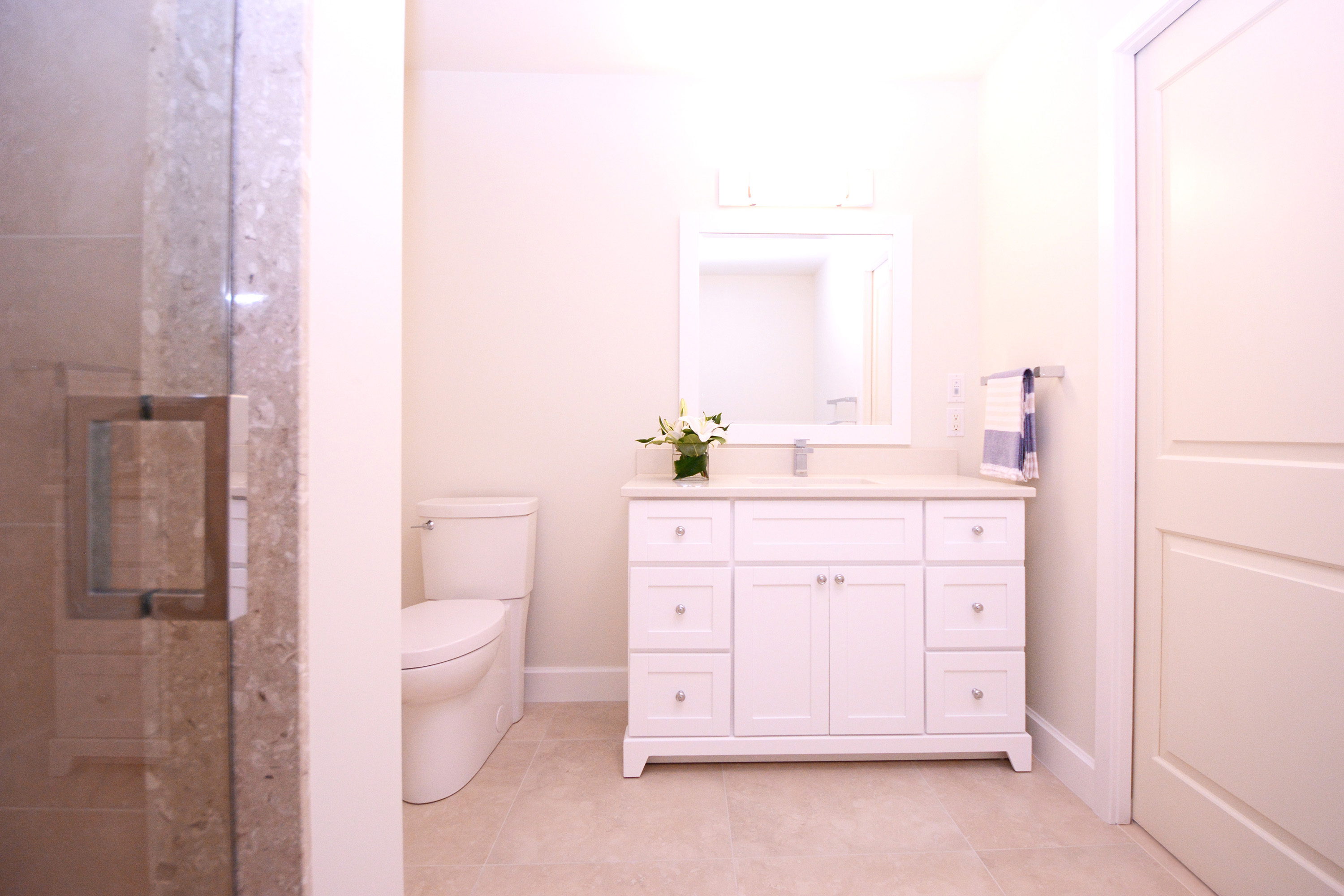 Waterfront Rental Unit Bath - Design & Construction of Inspired Spaces